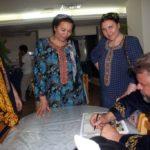 Афтограф - женщинам из братского Узбекистана!